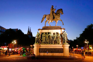 Germany, North Rhine-Westphalia, Cologne, Heumarkt, equestrian monument to the Prussian King Friedrich Wilhelm III, in the evening, illuminated