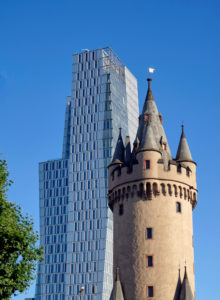 Germany, Hesse, Frankfurt am Main, Eschenheimer tower with office building