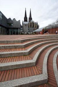 Germany, North Rhine-Westphalia, Cologne, Heinrich-Böll-Platz, Cologne Cathedral, stairs, pavement, steps, corner