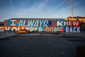 I Always knew you would come back, Sign, Streetart, Streetview, morning mood at Christchurch Central City