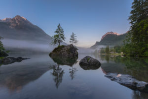 Europe, Germany, Bavaria, Berchtesgadener Land, Hintersee, daybreak on the Hintersee