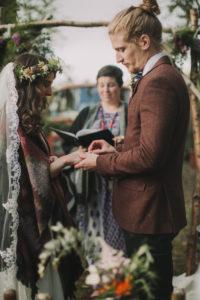 Alternate bridal couple at free wedding ceremony