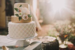 Hochzeitstorte auf bei alternativen Hochzeitsfeier, close-up