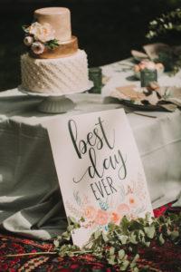 Hochzeitstorte bei alternativen Hochzeitsfeier, close-up