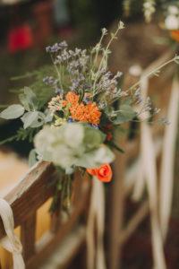 Alternative Hochzeit, Dekoration, Stuhl, Blumen, Nahaufnahme