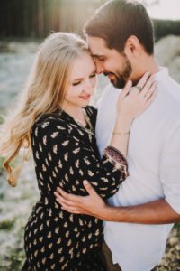 Meadow, couple, in love,