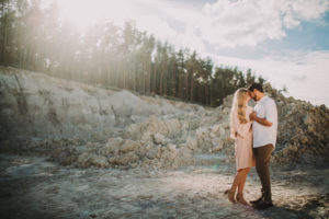 Couple, in love, canyon, walk,