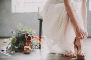 Braut, Schuhe, anziehen, Detail,