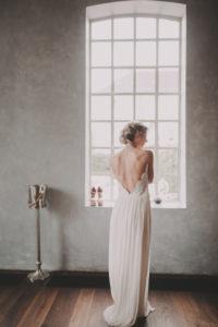 Braut, Rückenansicht, Fenster, stehen,