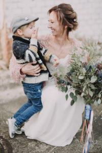 Wedding, bride, crouch, hug, son, gesture,