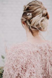 Bride, detail, back view,
