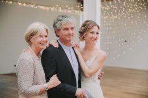 Hochzeit, Braut, Brauteltern, Halbporträt,