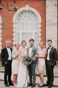Hochzeitsfoto, Brautpaar, Brauteltern, Trauzeugen,