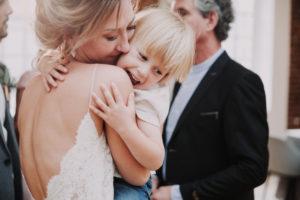 Hochzeit, Braut, Umarmung, Sohn,