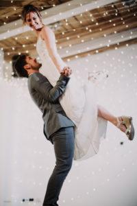 Hochzeit, Brautpaar, glücklich, Hochzeitstanz, Hebefigur,