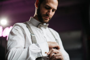 Groom, getting dressed, detail,