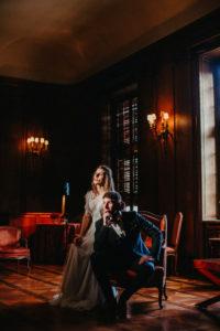 Brautpaar, sitzen