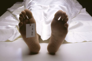 Morgue, body, detail, feet, toe, identification sign, Ti7, morgue, morgue, chill house, death, dead person, dead people, corpse, dead, person, deadly, lately, lie, covered, cloth, ceilings, soles, toes, toes, sign, identification, identity, marking, forensic medicine, pathology, icon, conception, grief, resignation, loss, inside