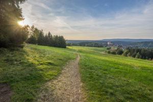 Deutschland, Niedersachsen, Skigebiet 'Auf der Rose', Blick auf Altenau