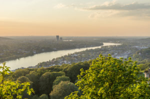 Germany, North Rhine-Westphalia, Bad Honnef, Rhine, view towards Bonn in the evening