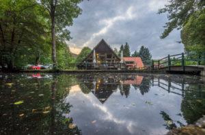 Germany, Saxony-Anhalt, Ilsenburg, pond in Ilsenburg