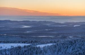 Deutschland, Sachsen-Anhalt, Nationalpark Harz, Nationalpark Harz im Winter, Landschaft, Übersicht, Abendstimmung
