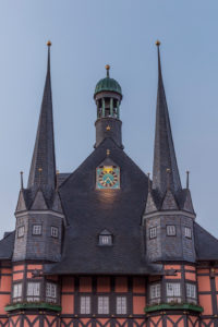 Germany, Saxony-Anhalt, Wernigerode, city hall in the morning