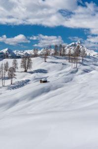 Hochabtei / Alta Badia, Provinz Bozen, Südtirol, Italien, Europa. Winter auf den Armentarawiesen. Im Hintergrund  der Peitlerkofel