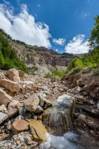 Aldein, Provinz Bozen, Südtirol, Italien. Geoparc Bletterbach. Die Gorz, dem Talende der Bletterbachschlucht