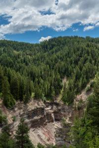 """Aldein, Provinz Bozen, Südtirol, Italien. Geoparc Bletterbach. Das sogenannte """"Butterloch"""" in der Bletterbachschlucht"""