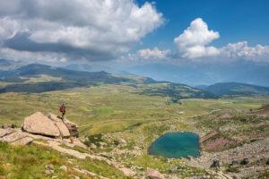 Villanders, Provinz Bozen, Südtirol, Italien. Der Totensee und die Villanderer Alm