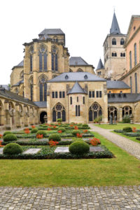 Germany, Rhineland-Palatinate (Rheinland-Pfalz), Mosel River Valley, Trier, St Peter cathedral listed as World Heritage by UNESCO, the cloister