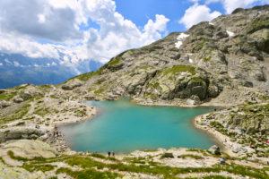 France, Haute Savoie, Chamonix Mont Blanc, Lac Blanc (white lake) (2352m) in the Reserve naturelle nationale des Aiguilles Rouges (Aiguilles Rouges National Nature Reserve) with a view on the Mont Blanc (4810m)
