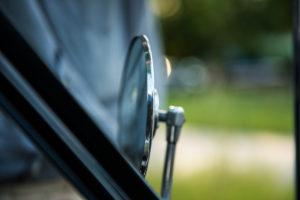 Oldtimer, altes Auto, Seitenspiegel
