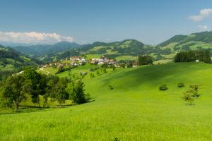 Blick auf Maria Neustift, Oberösterreich, Österreich