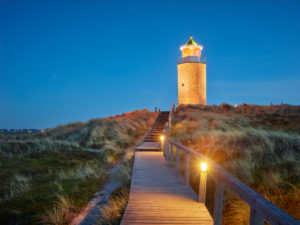 Lighthouse Quermarkenfeuer Red cliff at dusk, Sylt, Schleswig-Holstein, Germany