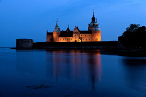 Exterior shot of the castle in Kalmar with lighting at the blue hour