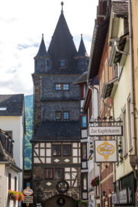 Old town of Bacharach, half-timbered buildings, UNESCO World Heritage, Mittelrheintal valley, Rhineland-Palatinate, Germany, Europe