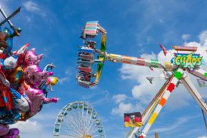 Kirmes, Rummelplatz, Volksfest, Fahrgeschäft, Looping, Jahrmarkt