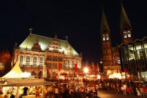 Marktplatz Bremen bei Nacht