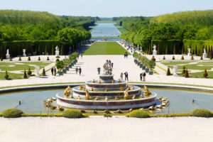 France, Versailles Palace, castle park, fountain, tourists