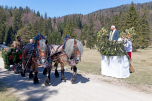 Georgi ride, rider, mass, blessing, pastor, holy water, Mittenwald, Bavaria, Upper Bavaria, Germany,