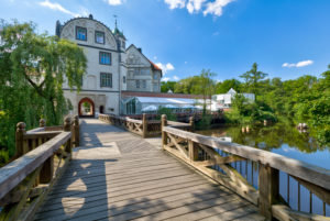 Guelph's castle, moat, Weser renaissance, historically, Gifhorn, Lower Saxony, Lüneburg heathland, Germany, Europe