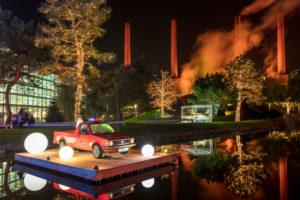 Autostadt, Zeithaus, Schornsteine, Weihnachtsmarkt, Architektur, Park, Abend, Wolfsburg, Niedersachsen, Deutschland, Europa