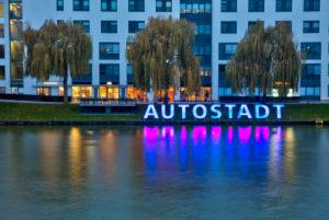 VW Werk, Mittellandkanal, Autostadt, Abend, Abend, Architektur, Wolfsburg, Niedersachsen, Deutschland, Europa
