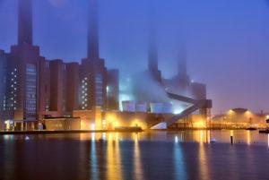 VW Werk, Mittellandkanal, Autostadt, Abend, Abend, Architektur, Kraftwerk, Wolfsburg, Niedersachsen, Deutschland, Europa