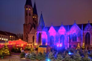 St. Martini, Kirche, Wintertheater, blaue Stunde, Nacht, Braunschweig, Niedersachsen, Deutschland, Europa