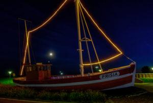Abendstimmung, ship, night, blue hour, dusk, Norddeich, north, North Sea, Ostfriesland, Lower Saxony, Germany,