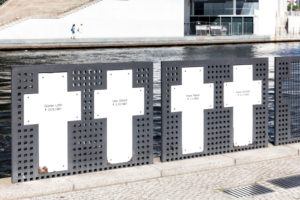 Spreeufer, memorial crosses, memorial, Spreebogenpark, government district, Berlin, Germany