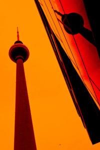 Alexanderplatz, Berlin-Mitte, Spiegelung vom Berliner Fernsehturm